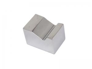 Maniglia pendente per mobile Omp Porro serie 192 15 mm alluminio cromato